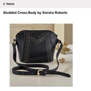 🌼 🆕 NWOT Studded Cross-Body by Sondra Roberts